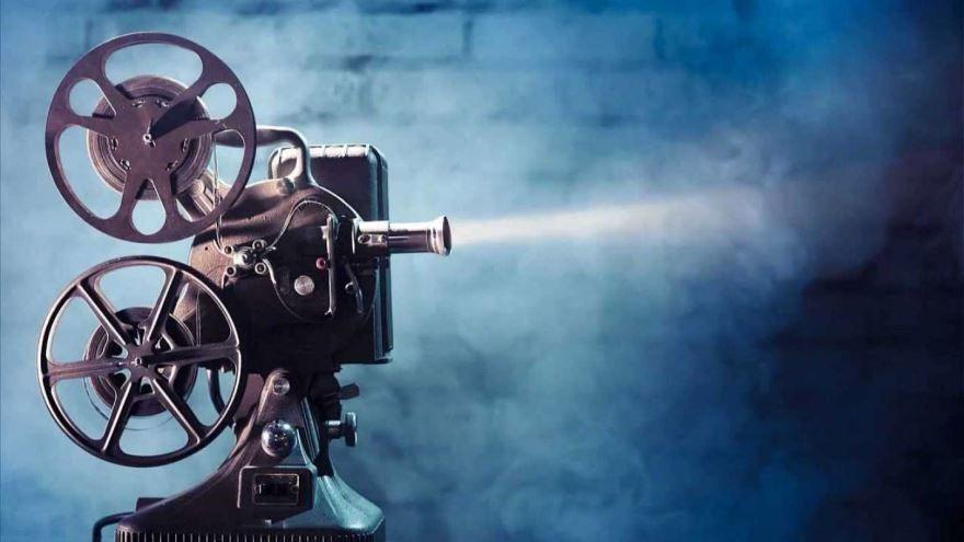 Скачать бесплатно картинку с днем Российского кино