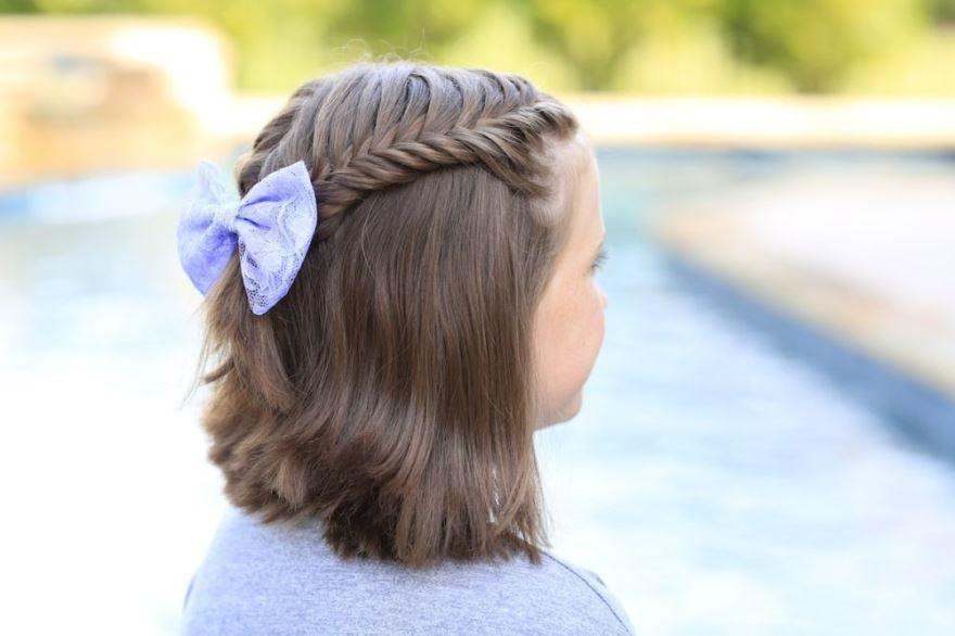 Прически на 1 сентября, короткие волосы