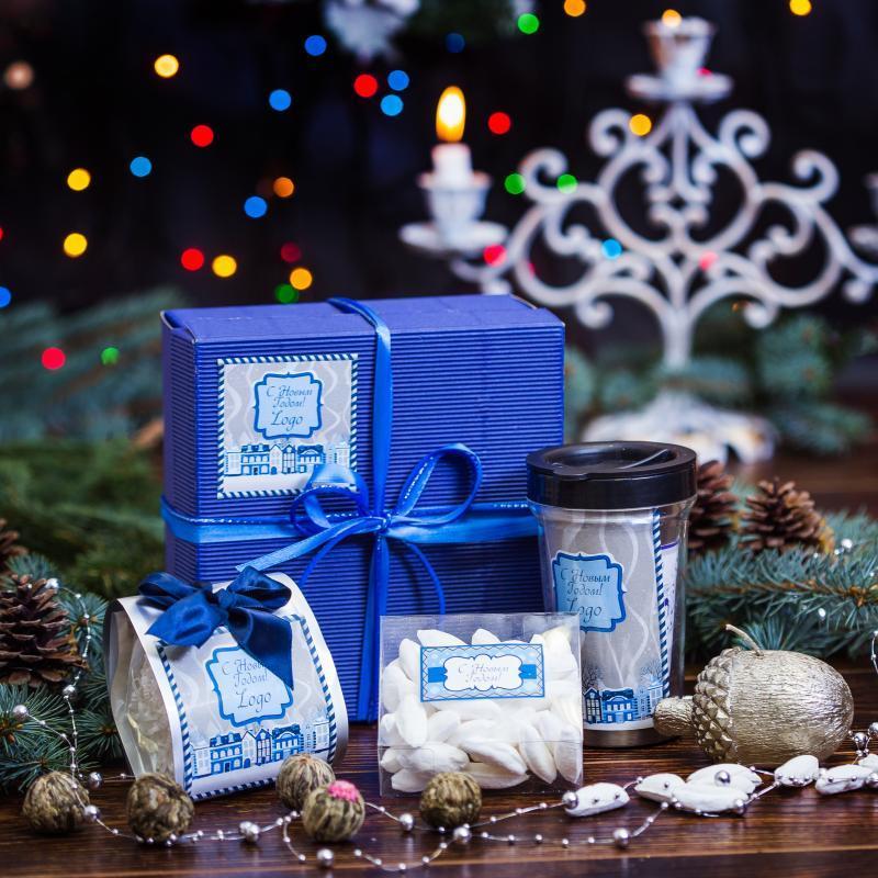 Корпоративные подарки на Новый год с логотипом