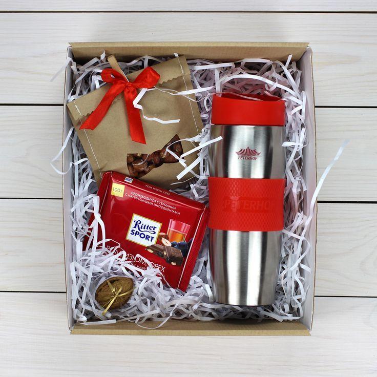 Необычные идеи для подарка мужчине коллеге на Новый год