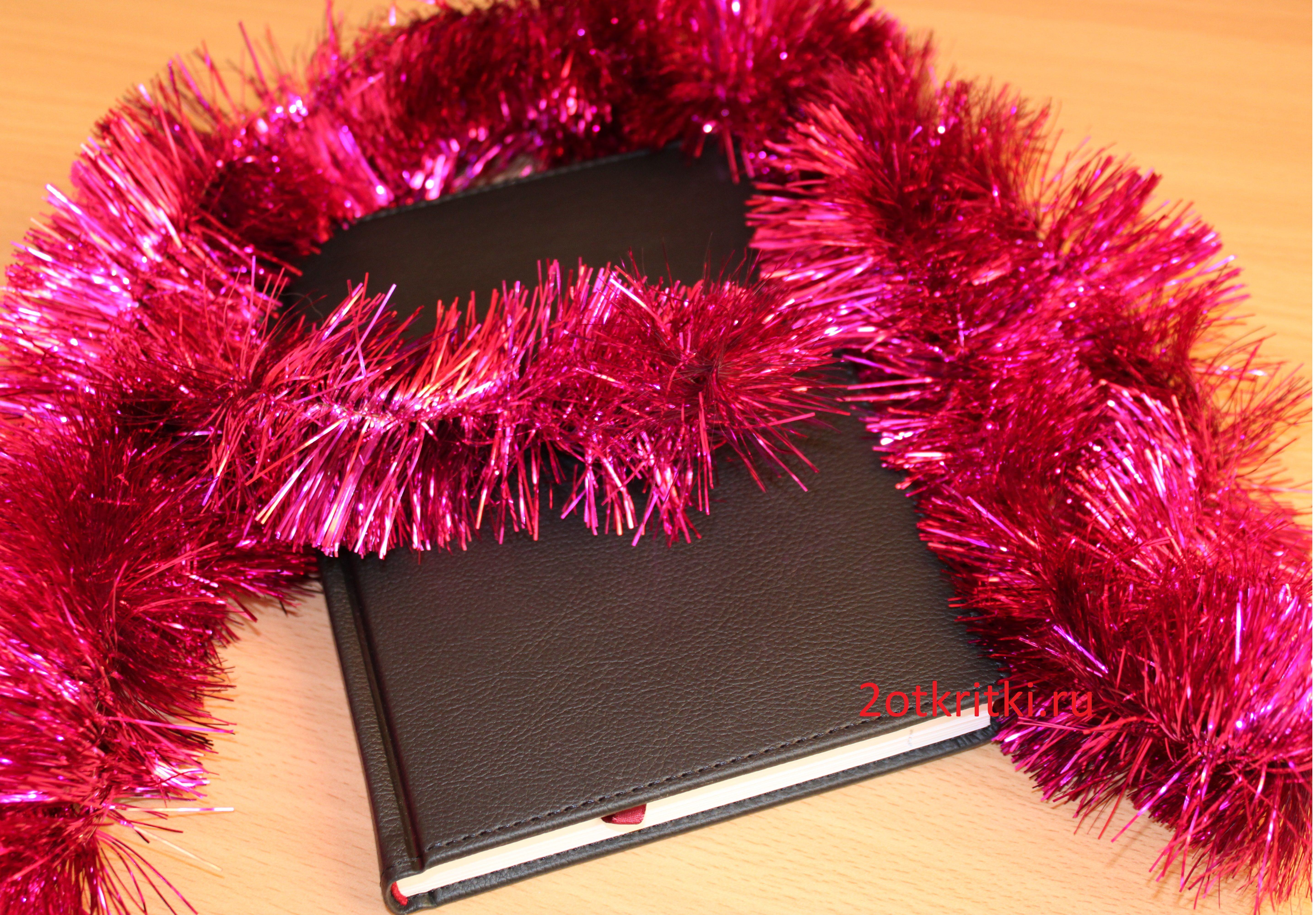 Идеи подарков на Новый год коллегам