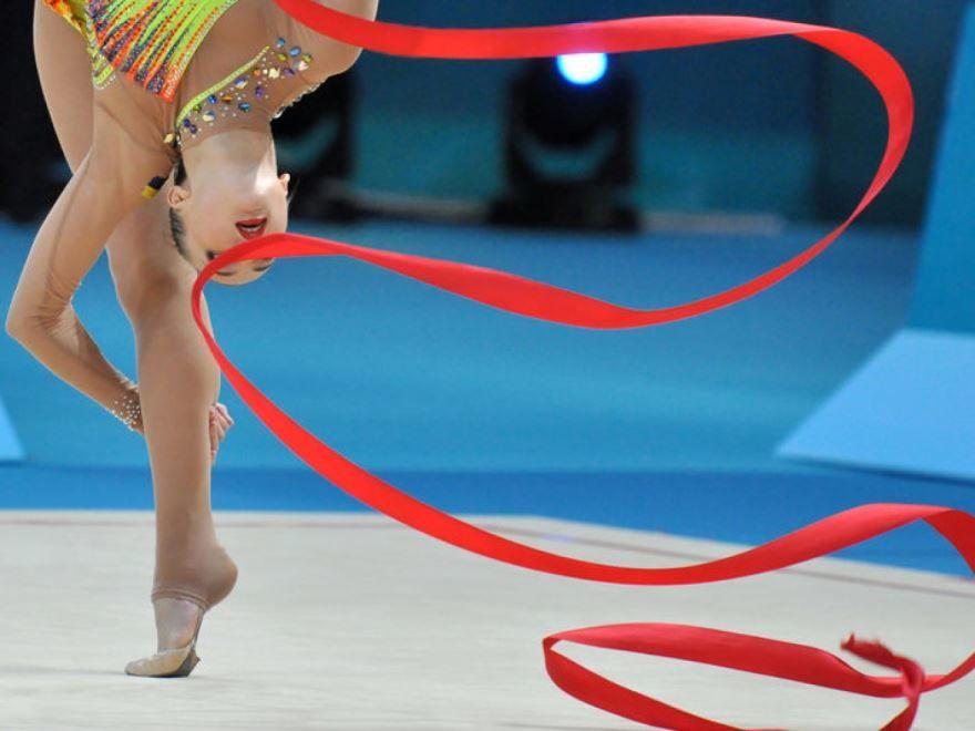 Какого числа в России день гимнастики?