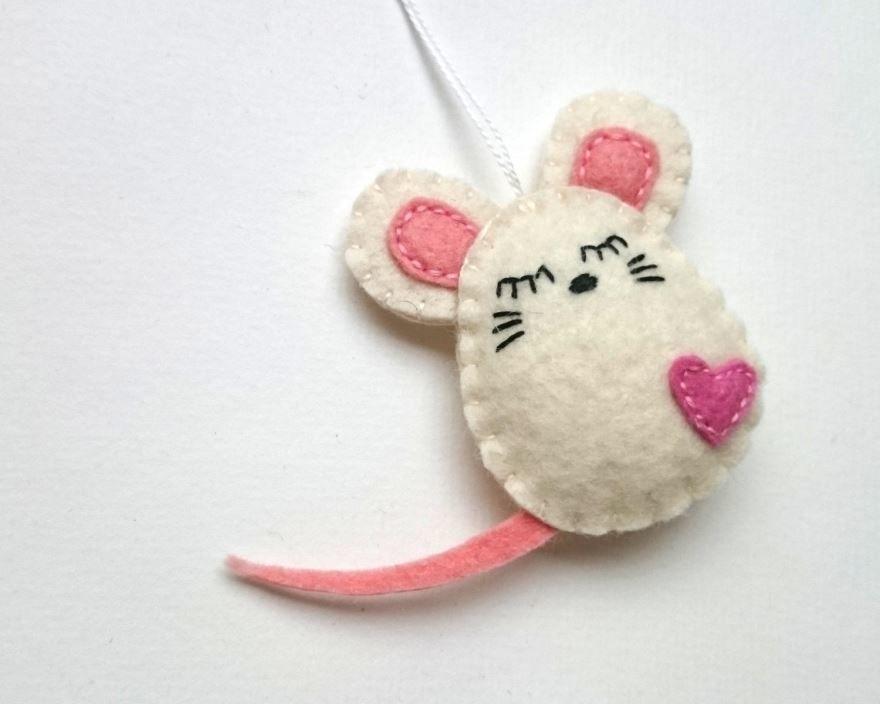 Мышка на Новый год, поделка своими руками