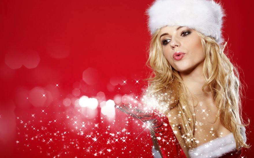 Красивая девушка в Новый год