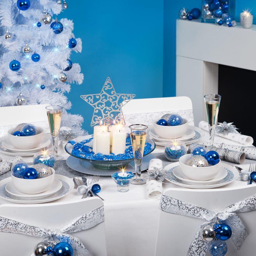 Украшение стола на Новый год 2021