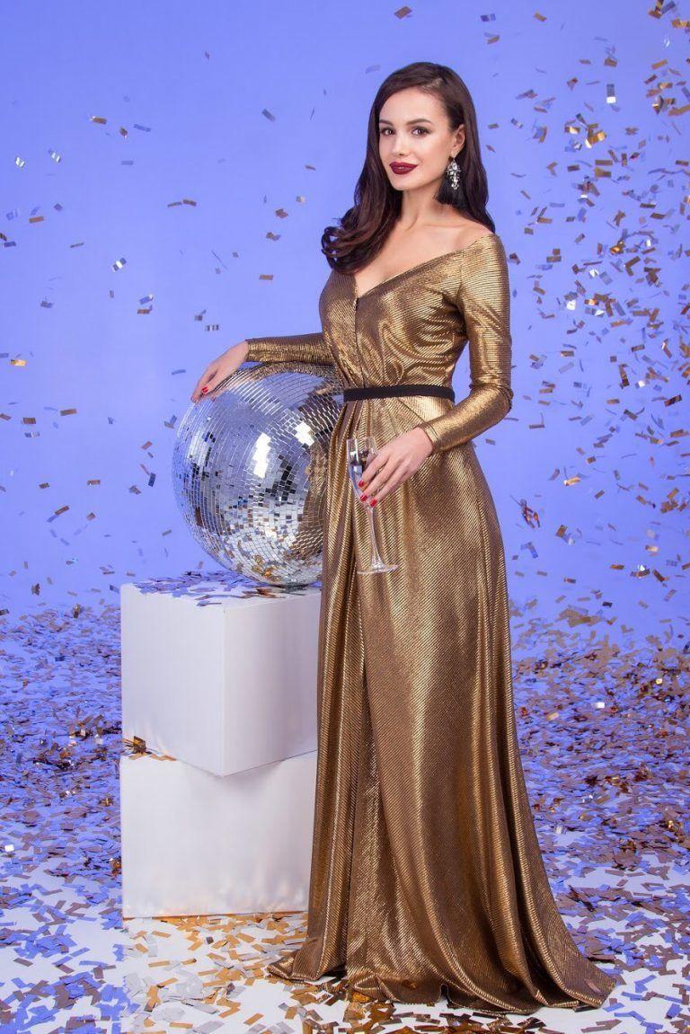 Красивое платье на Новый год 2021