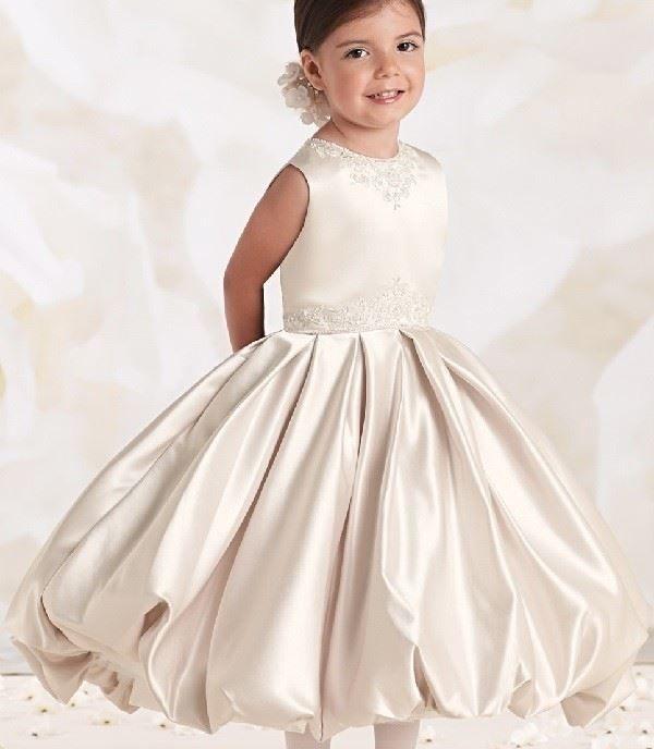 Модное платье для девочки на Новый год