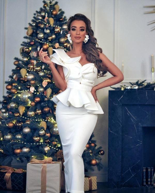 Платье на Новый год для женщин