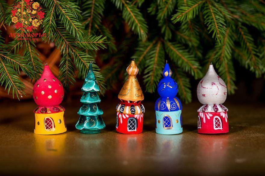 Игрушки на Новый год, на елку