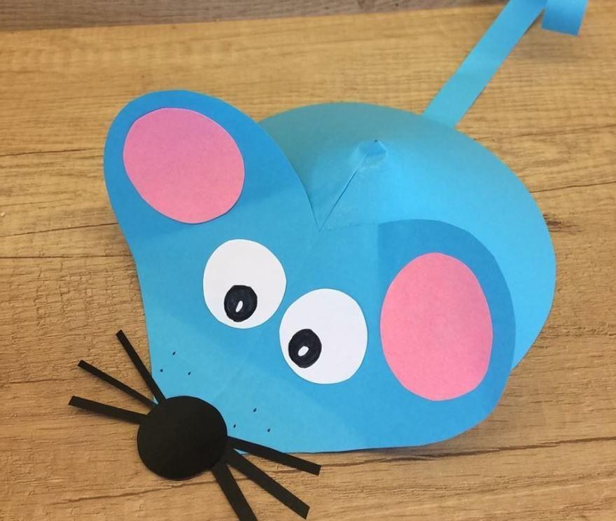 Мышка из бумаги на Новый год