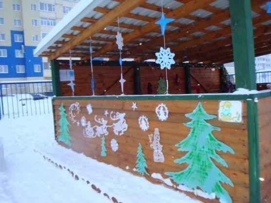 Украшение веранды детского сада к Новому году, фото