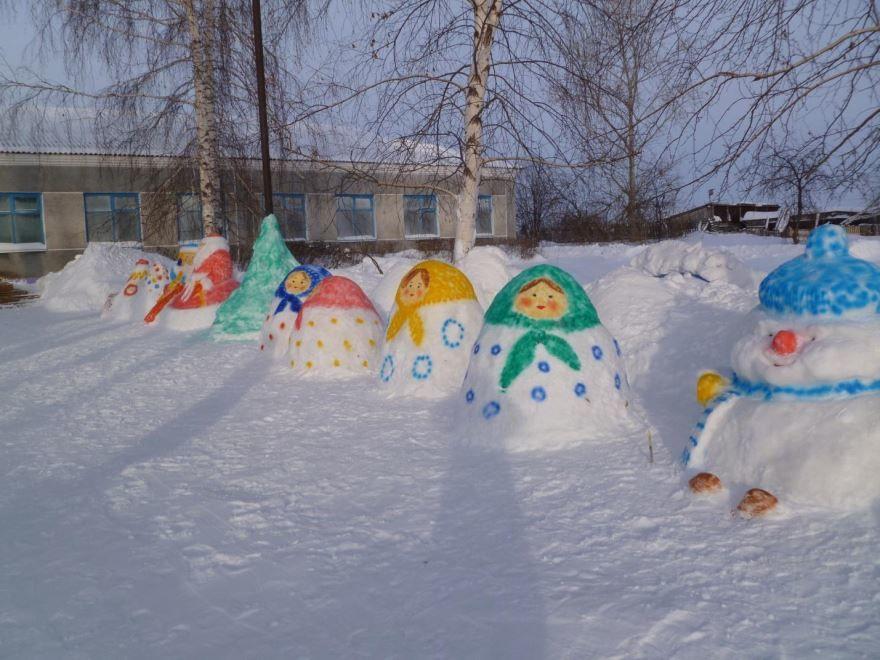 Украшение территории детского сада к Новому году, фото