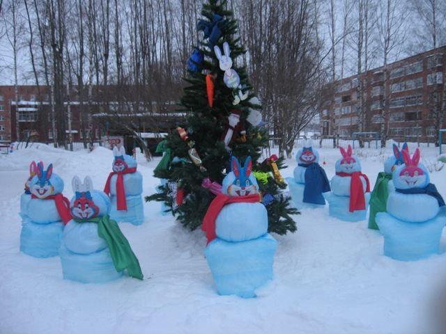 Украшение участка детского сада к Новому году, фото