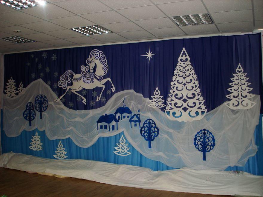 Оформление зала в детском саду к Новому году