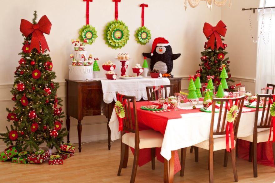 Красивое украшение стола на Новый год