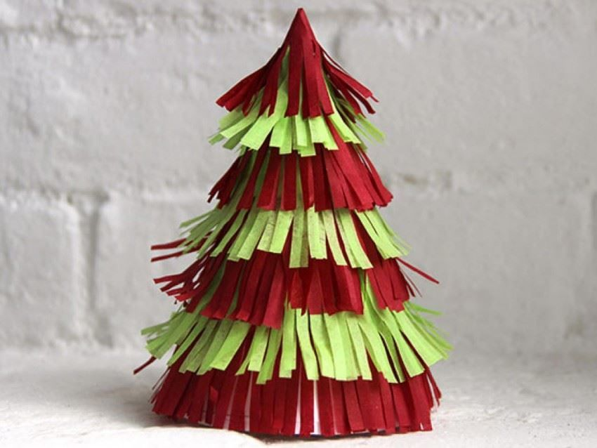 Поделка Новогодняя елка, своими руками из бумаги
