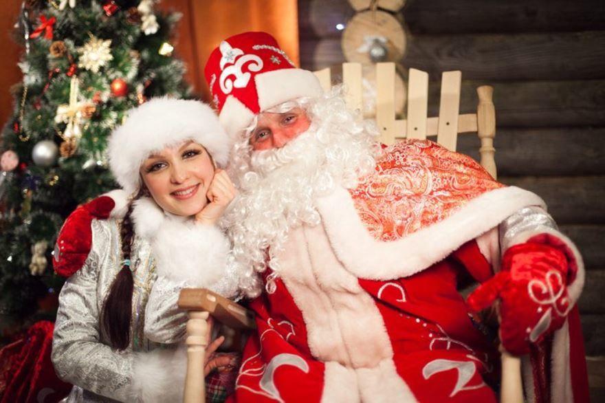 Дед Мороз и Снегурочка, фото