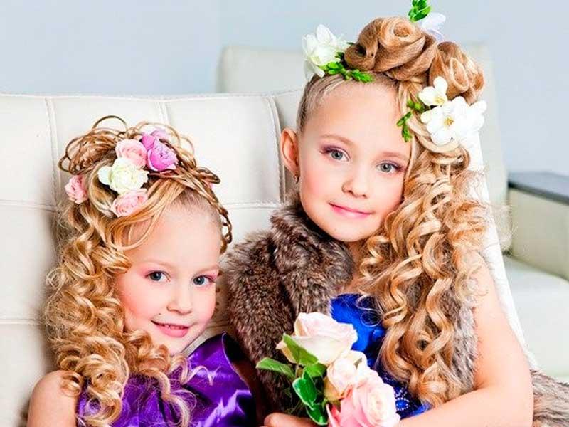 Красивые прически на длинные волосы для девочек на выпускной в детском саду