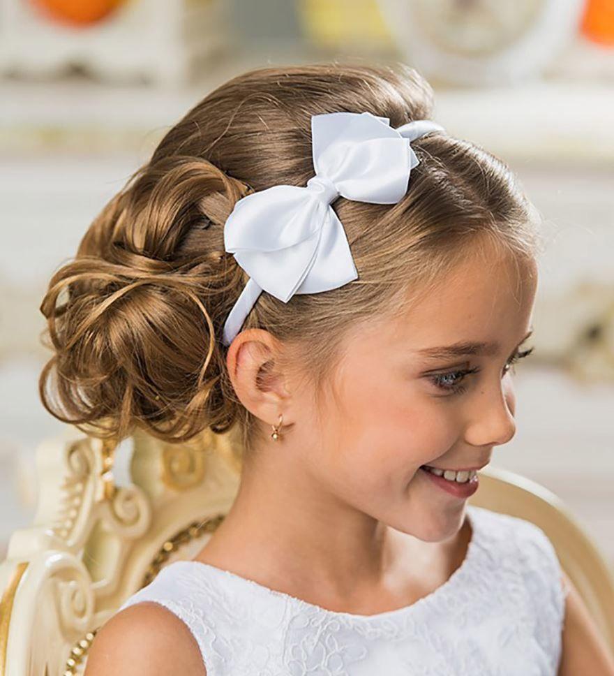 Прически на длинные волосы выпускной в детском саду