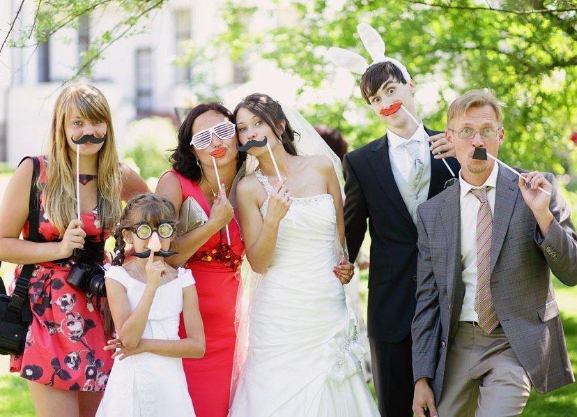 Свадьба летом, гости веселые