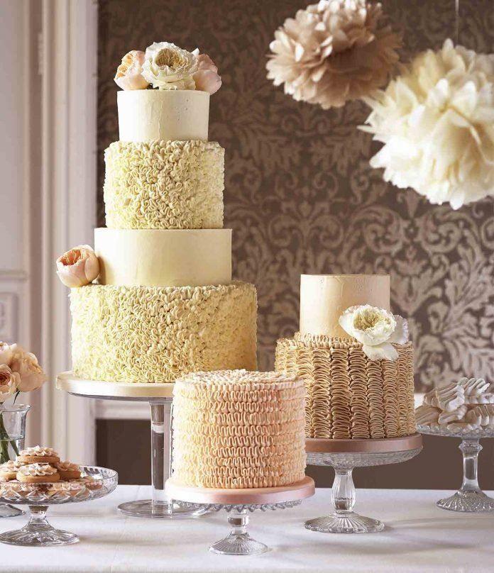 Четырехъярусный торт на Свадьбу