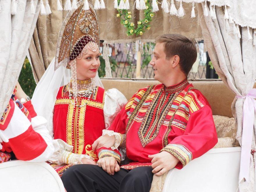 Фото русской Свадьбы по старинным обычаям