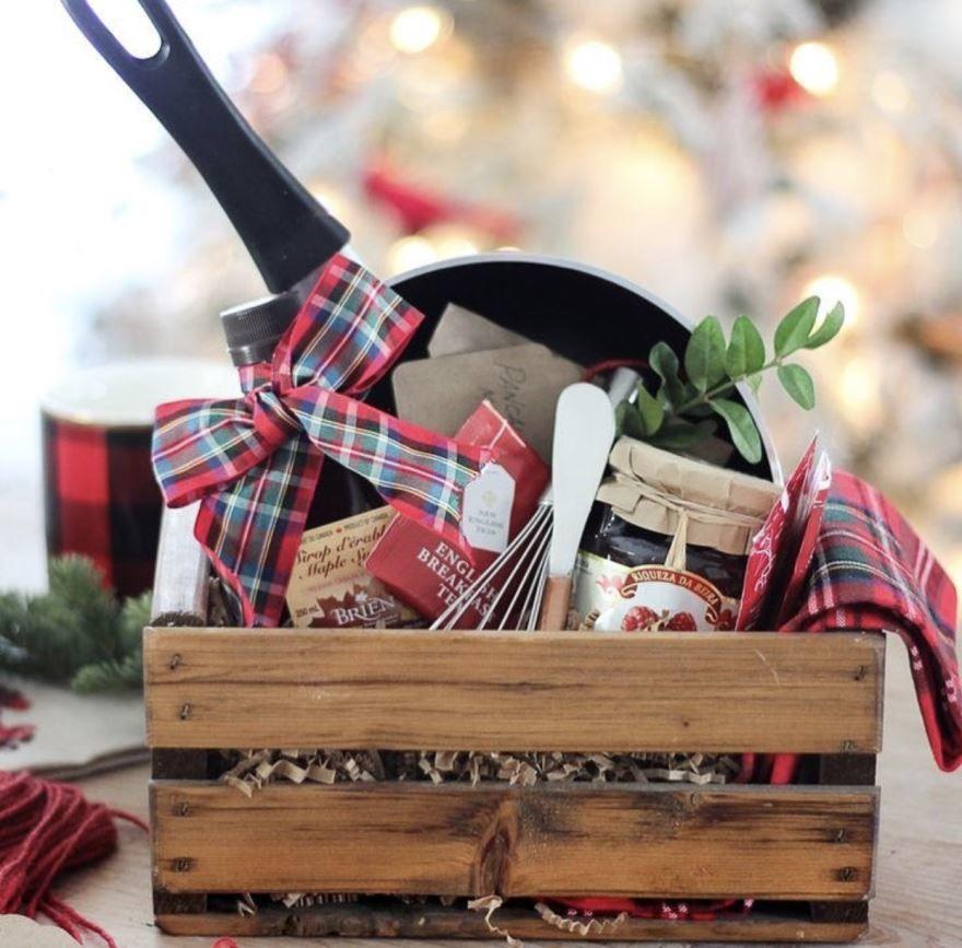 Идеи подарков на Новый год жене