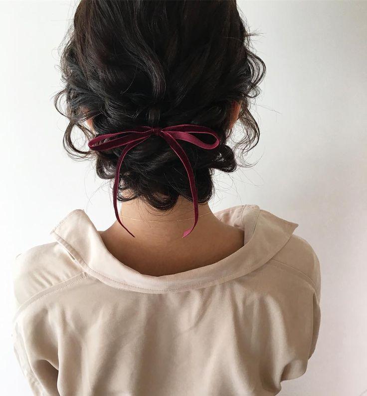 Прическа на последний звонок короткие волосы