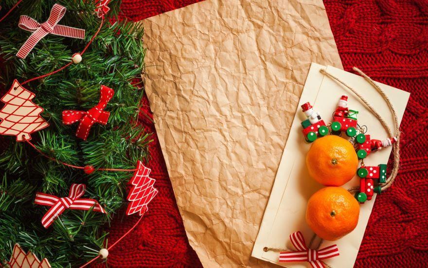 Елка, мандарины - С Новым годом