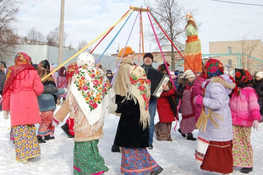 Фото праздника Масленицы в России