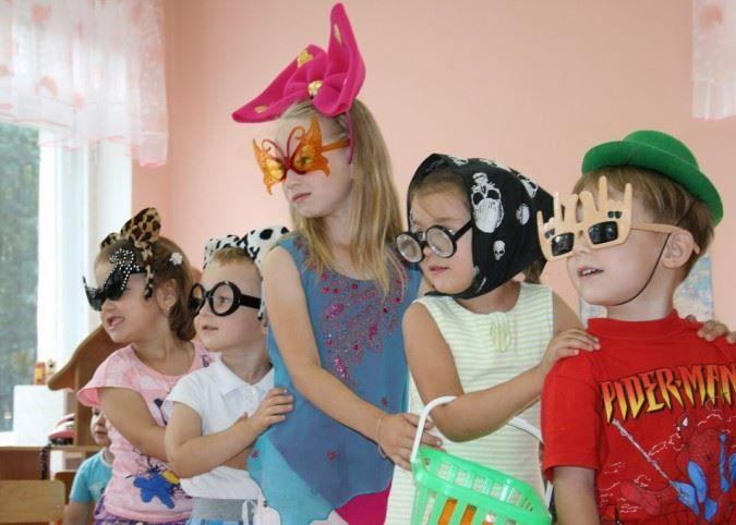 Праздник смеха для детей в детском саду, фото
