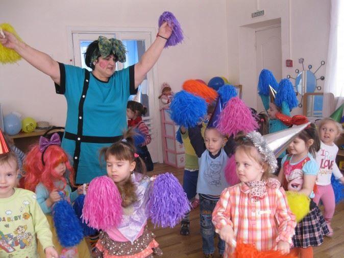 Развлечение для детей - день смеха