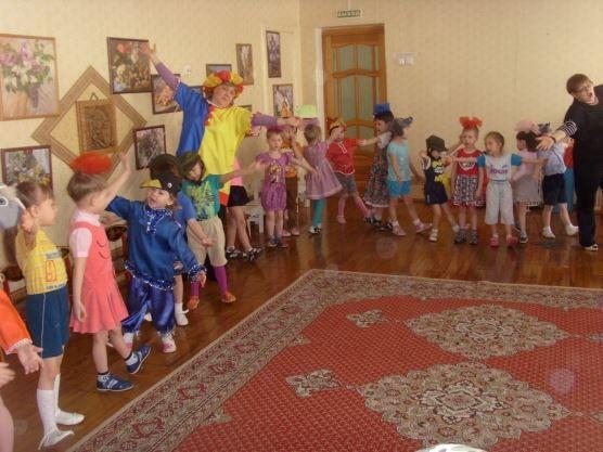 Праздник 1 апреля - день смеха, в детском саду