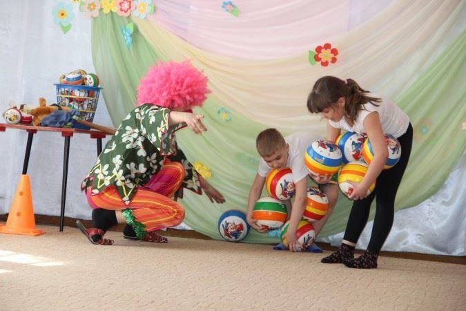 Развлечение на день смеха в детском саду