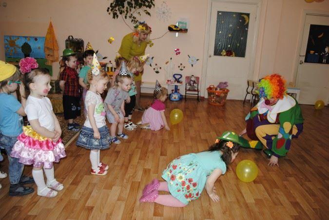 День смеха в детском саду