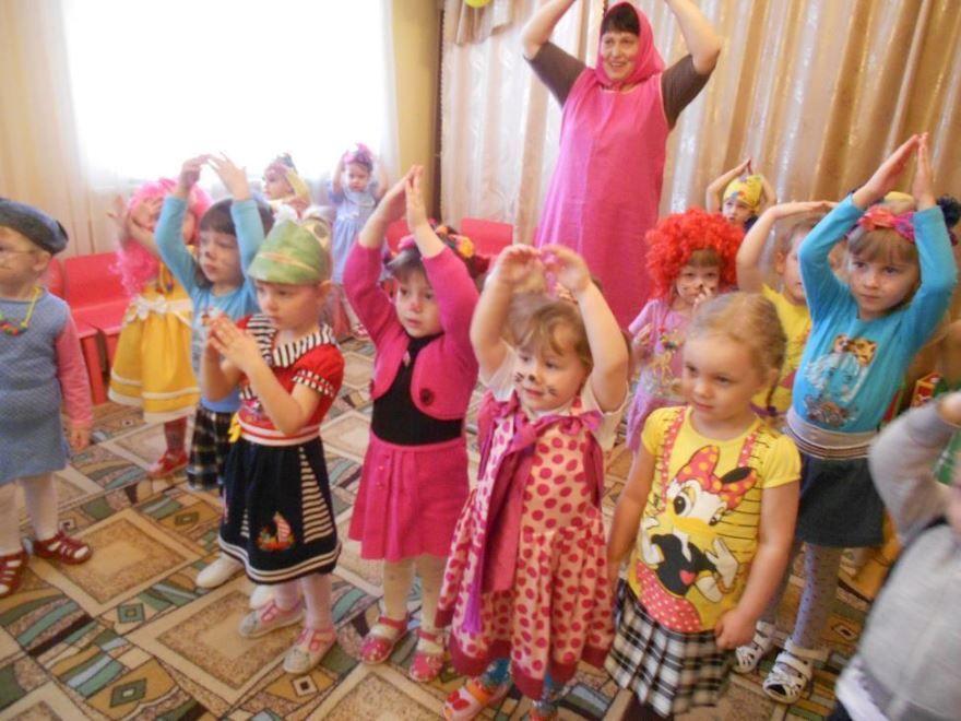 День смеха в детском саду, фото