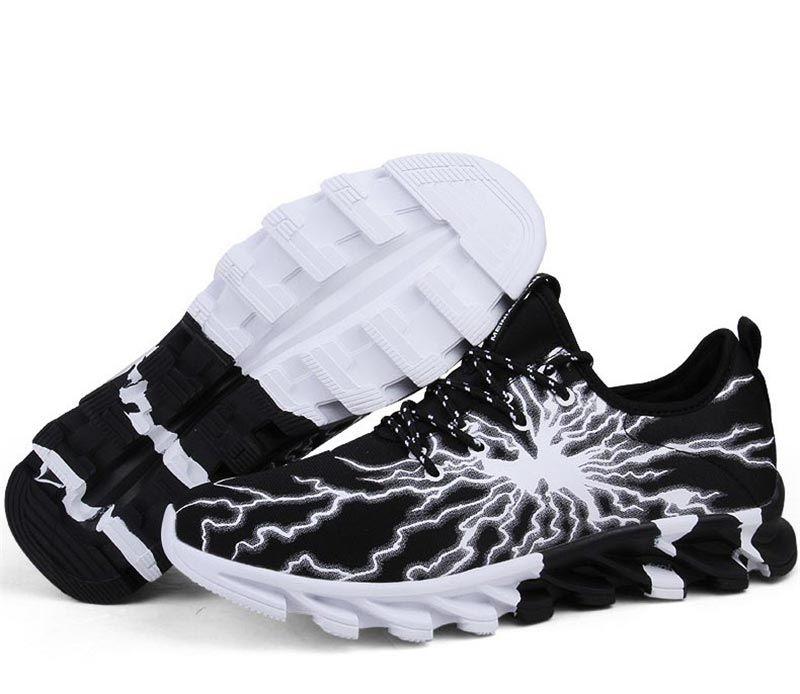 Подарки на день рождения мужчине - спортивная обувь