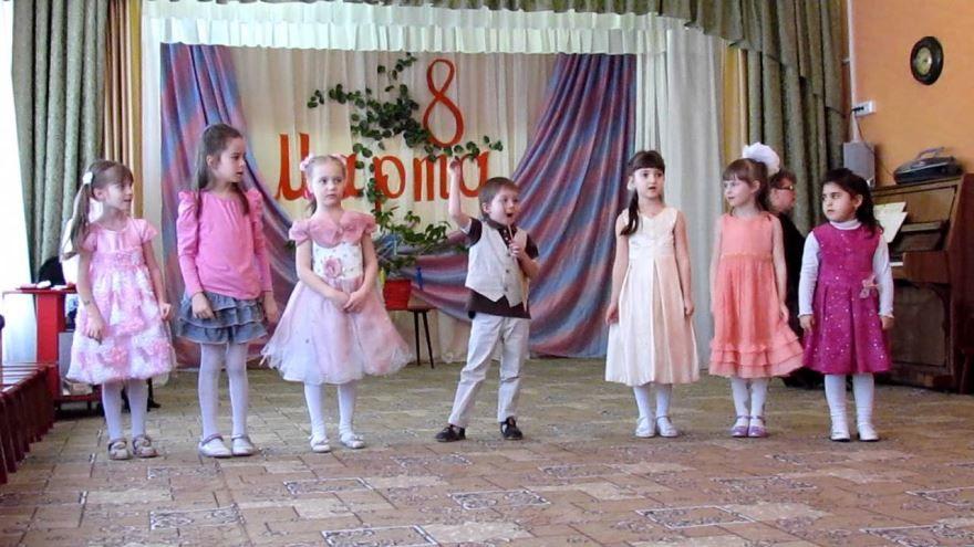Фото с праздника 8 Марта в детском саду