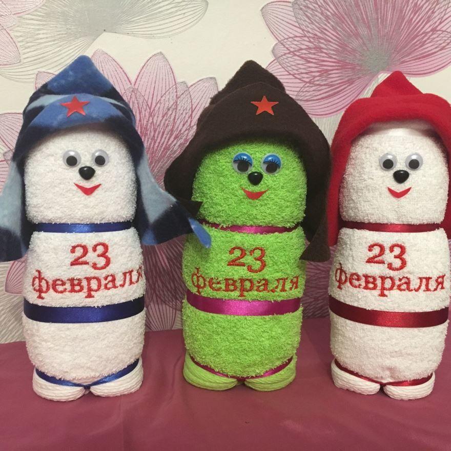 23 февраля мальчикам в школе подарки