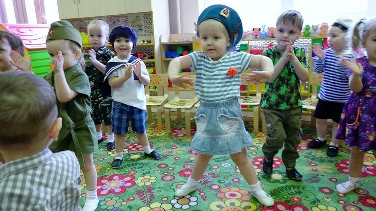 Фото 23 февраля, в детском саду