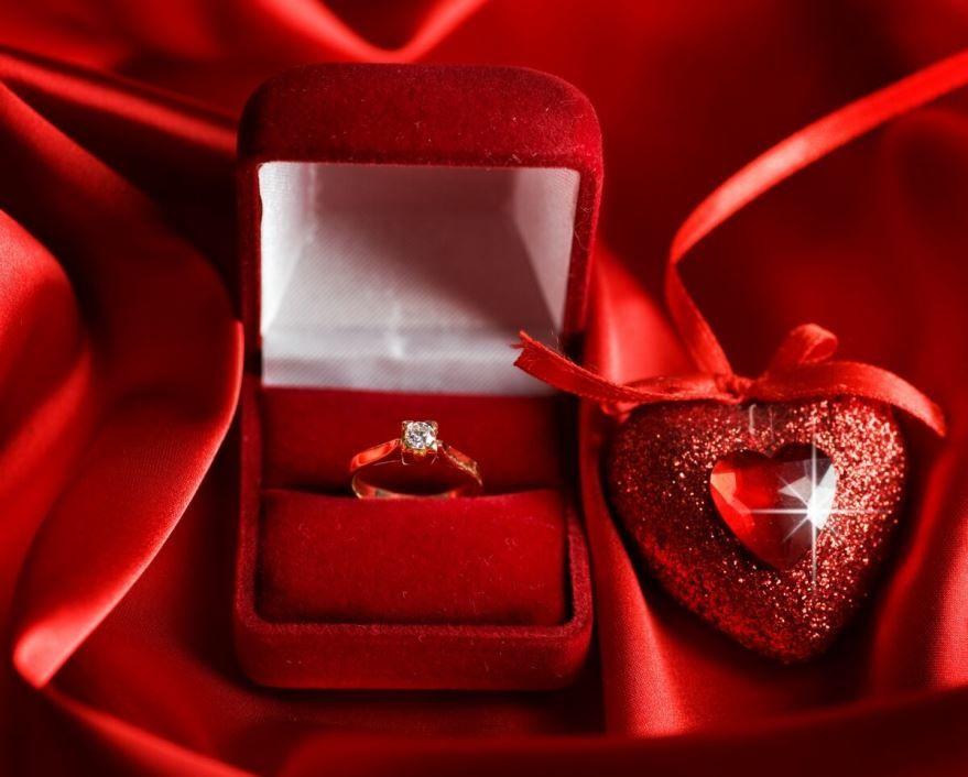 День Святого Валентина, подарки девушке