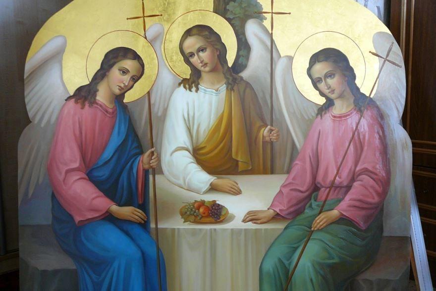 Какой праздник 16 июня в России - день Святой Троицы