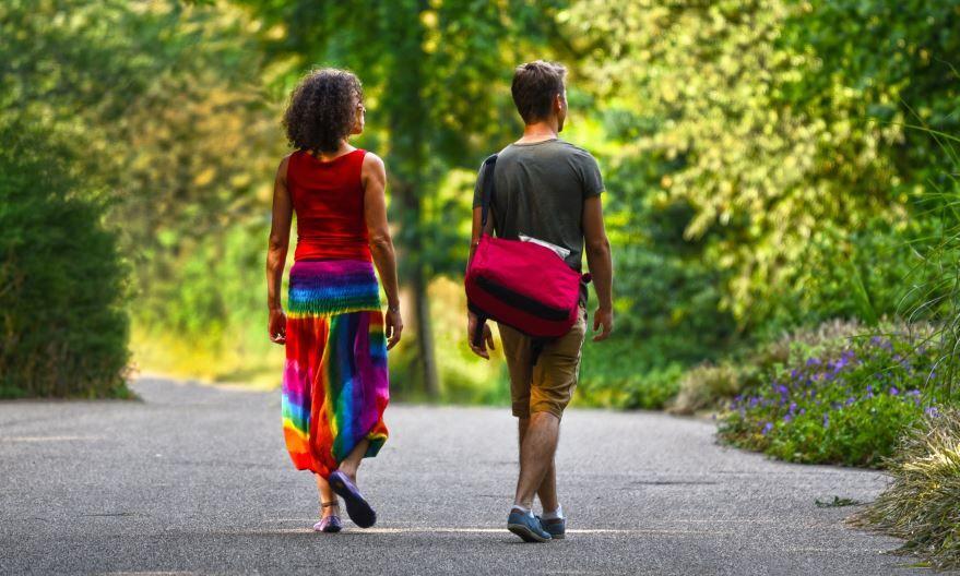 19 июня праздники в России - Международный день прогулок, картинки фото