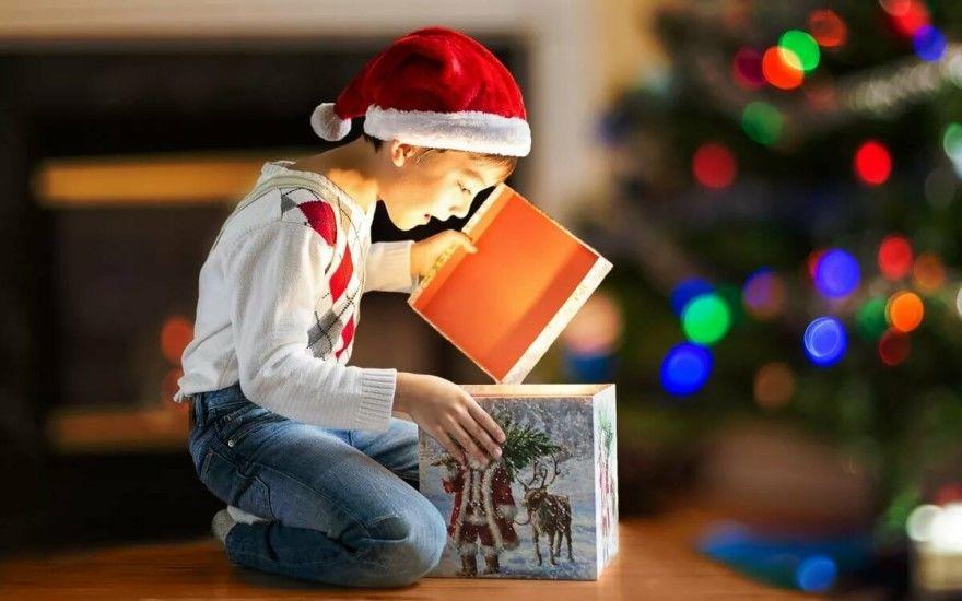 Подарок сыну Новый год идеи ребенку