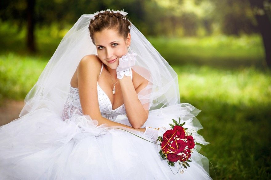 Самый необыкновенный и счастливый день у молодых - это Свадьба. Красивые, стильные Свадебные фотографии невесты, родителей, жениха и невесты.