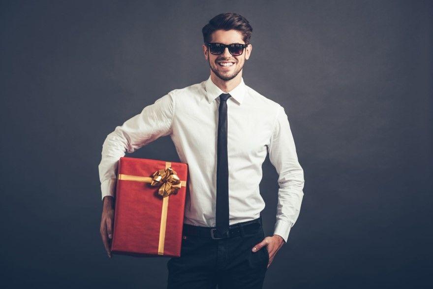Подарок мужу на день рождения от жены